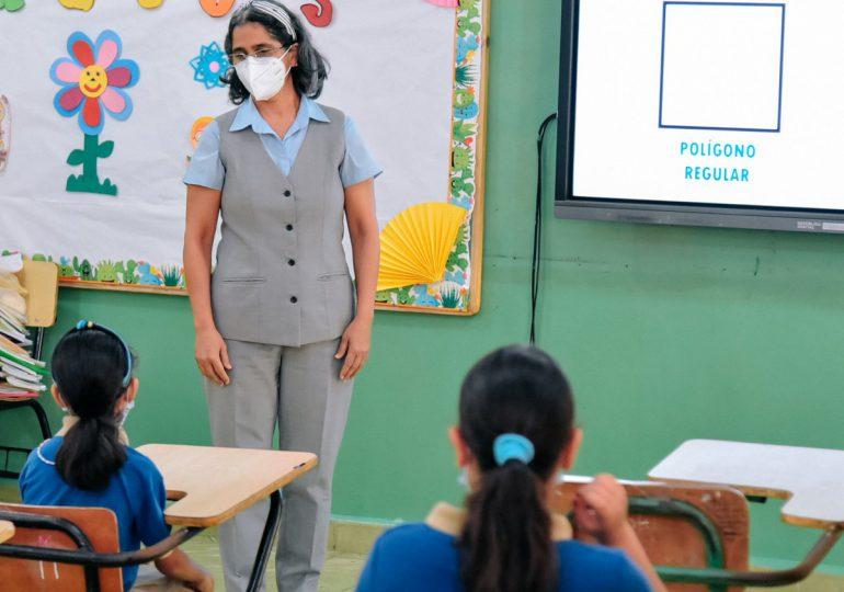 VIDEO | Algunos padres dicen estar preparados para el retorno a clases presenciales; mientras otros aún no