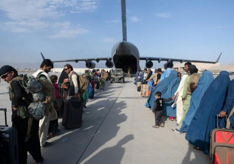 Explosión cerca del aeropuerto de Kabul mientras prosiguen las evacuaciones