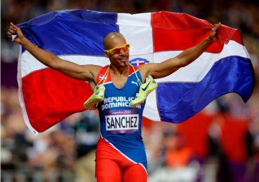 Félix Sánchez destaca es el campeón olímpico de mayor edad