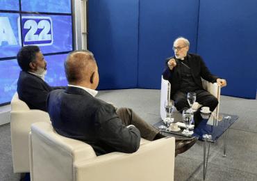 """Monseñor Víctor Massalles advierte Iglesia tiene vacío de liderazgo; Dice ha """"soltado"""" su rol de mediación"""