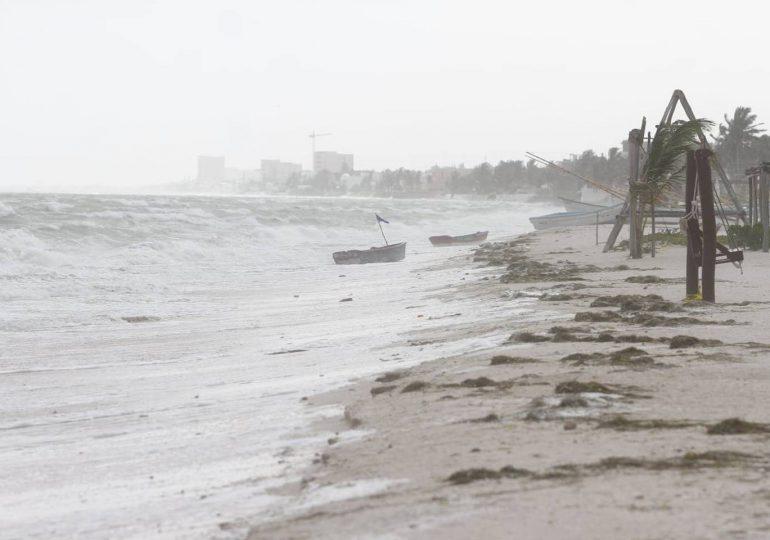 Grace vuelve a tomar fuerza de huracán en Golfo de México