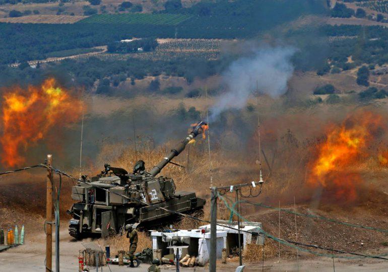 Hezbolá lanza cohetes contra Israel, que replica con ataques