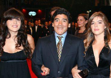 Hijas de Maradona niegan cargos en disputa con abogado del exfutbolista