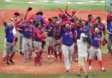 Béisbol dominicano gana bronce en Tokio; quinta medalla del país