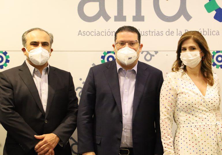 Aduanas expone ante Directiva de AIRD los avances en primer año de gestión
