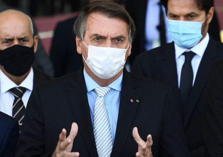 Bolsonaro vuelve a cuestionar fiabilidad del sistema de voto para elecciones en Brasil
