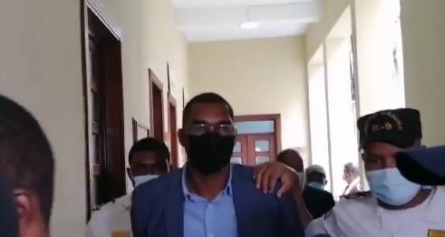 VIDEOS | Aplazan para el viernes audiencia contra Juan Encarnación, acusado de agresión sexual a su hija de 11 años