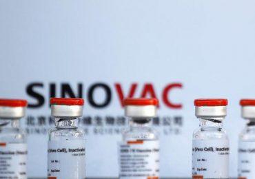 Chile anuncia instalación de dos plantas de Sinovac para producción de vacunas