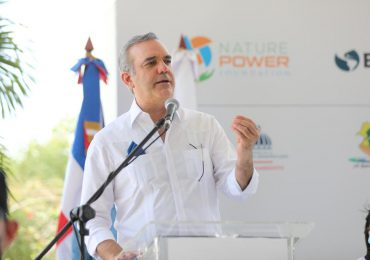 Abinader inaugura la primera comunidad sostenible construida bajo alianza público-privada