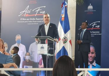 """Luis Abinader: """"La República Dominicana no podía darse el lujo de interrumpir la educación a sus hijos"""""""
