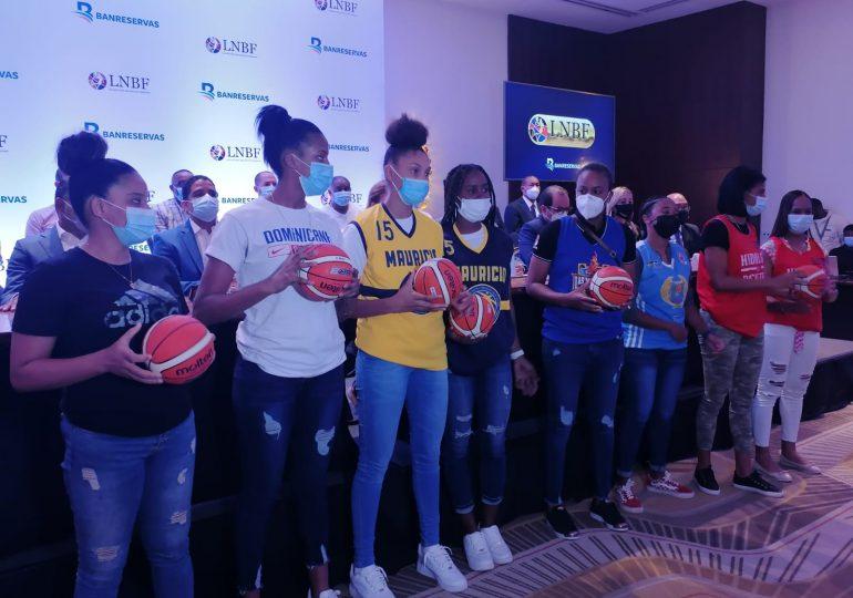 VIDEO | Liga Nacional de Baloncesto anuncia torneo femenino; la Copa será dedicado a Máximo Bernard