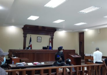 Otra vez aplazan juicio contra acusados de desfigurar rostro de Yocairi Amarante