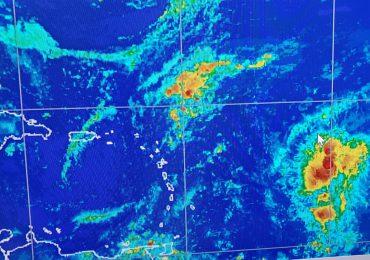 VIDEO | Onda tropical con 80% de convertirse en ciclón tropical en las próximas 48 horas
