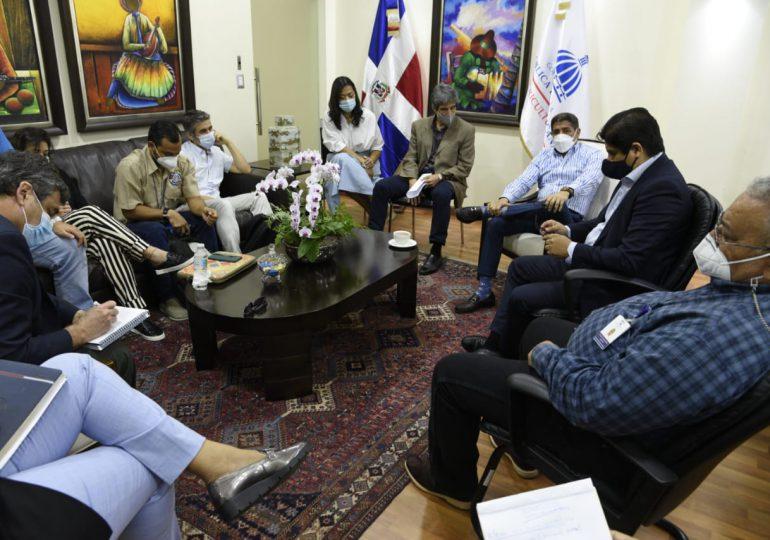 Arriba al país misión técnicos de la FAO, OIRSA y OIE para colaborar en erradicación peste porcina africana