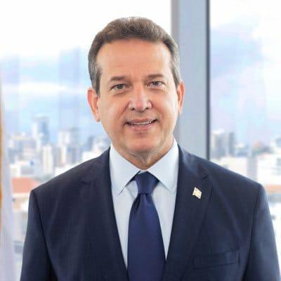 "Ito Bisonó apoya en TikTok a empresa de zapatos ""Ángeles Colletion"""