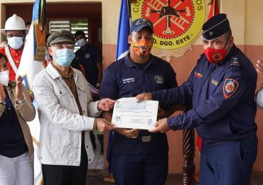 Alcaldía inicia remodelación de dos estaciones de bomberos en SDE