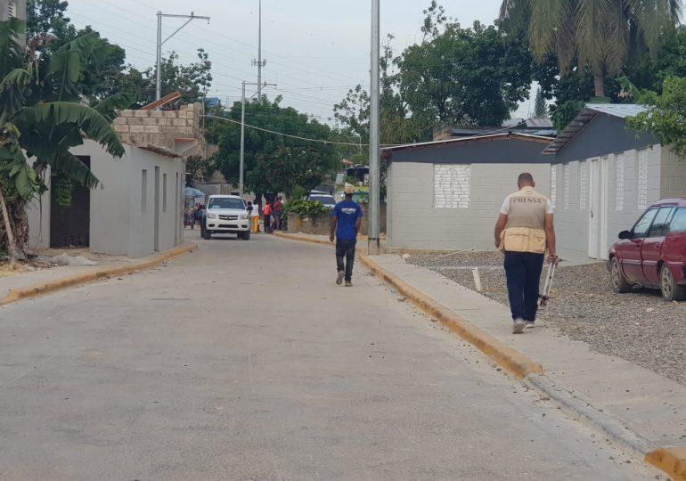 Video   Gobierno entrega cañadas saneadas y nuevas viviendas a moradores de Sabana Perdida