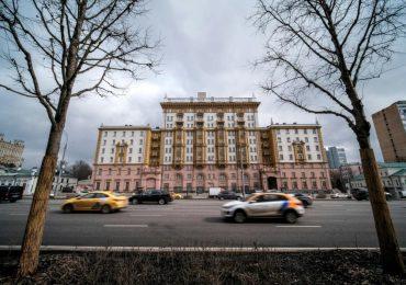 EEUU y Rusia chocan por la dotación de personal de sus embajadas