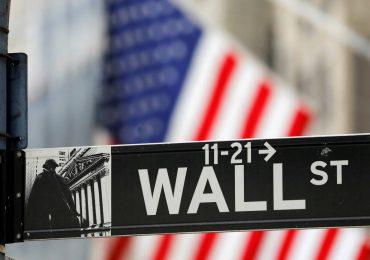 Wall Street profundiza caída tras actas de la Fed