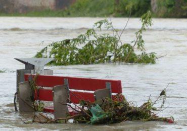 VIDEOS |  Grace descarga fuertes lluvias en Haití tras devastador sismo