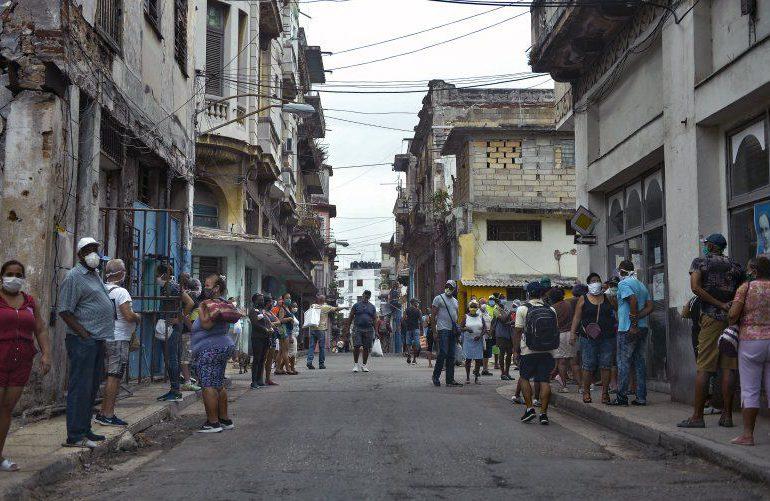 """La situación de la pandemia en Cuba """"sigue siendo preocupante"""", dice OPS"""