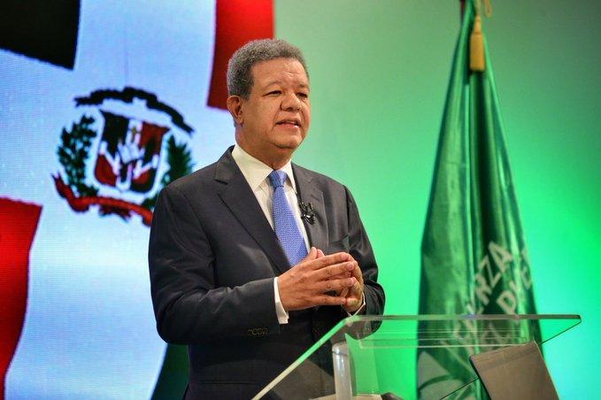 Leonel Fernández  actualmente mayor líder opositor, según encuesta sobre contexto sociopolítico
