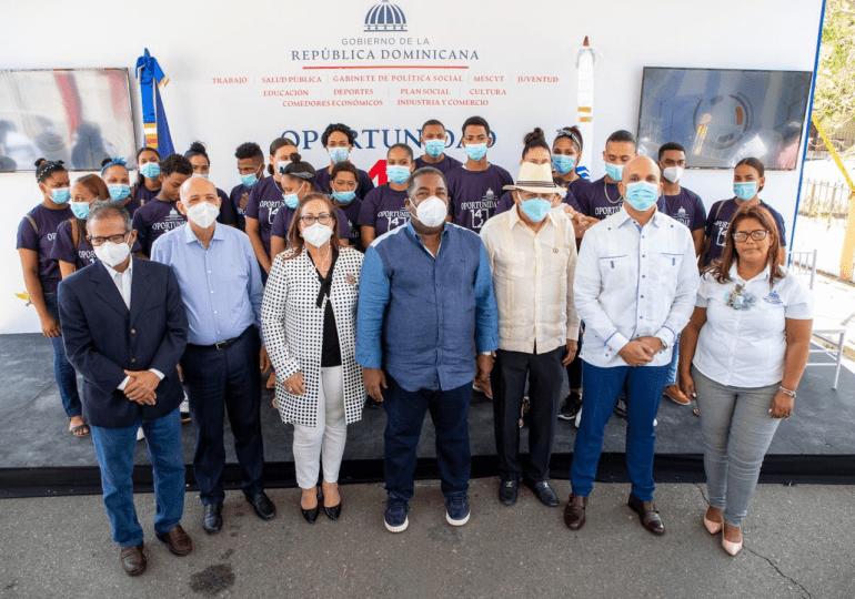 Gabinete de Política Social inaugura centros de capacitación técnico-profesional en Santiago
