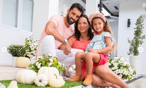 Adamari López  y su hija Alaïa sorprenden a Toni Costa por su cumpleaños