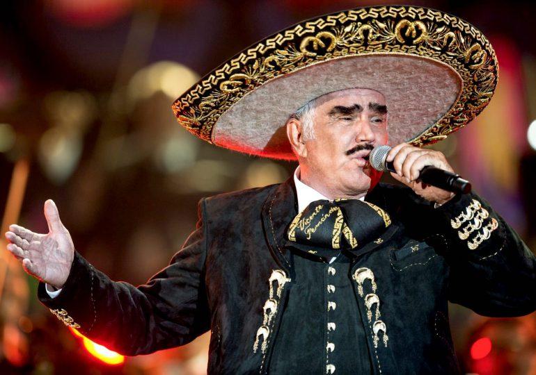 Aseguran que Vicente Fernández podría no volver a cantar