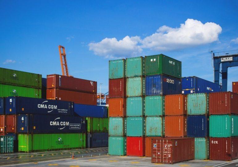 Rechazan tarifas fijadas por Salud Pública para trámites de exportación e importación