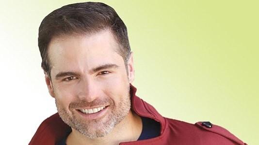 """""""Me estaba engañando"""": el actor Roberto Manrique revela su orientación sexual"""