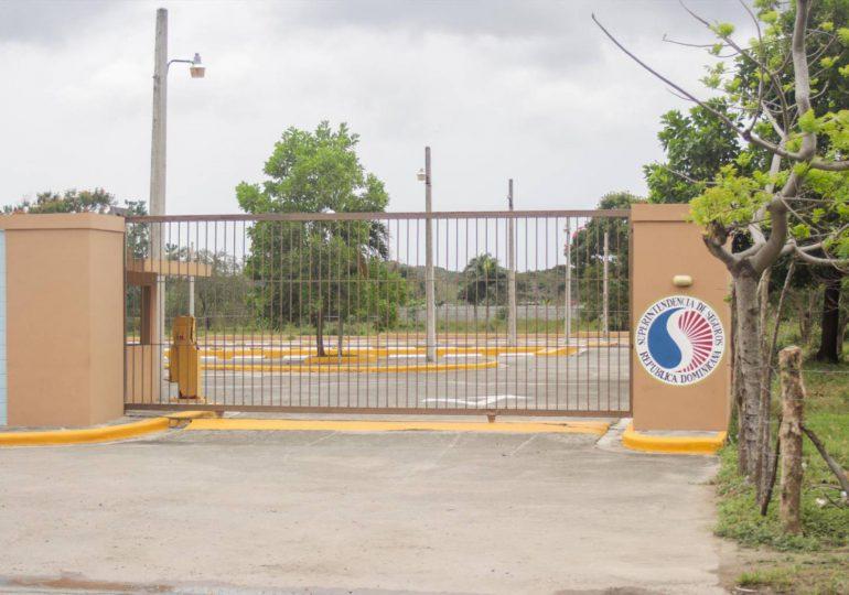 Luis Abinader instruye entregar club de la Superintendencia de Seguros a la comunidad de SDO