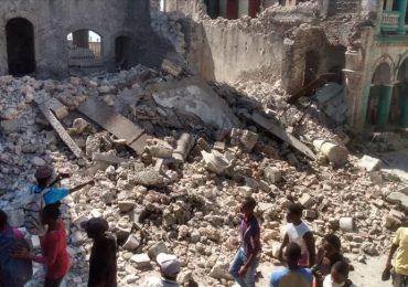 Haití declara tres días de duelo tras terremoto