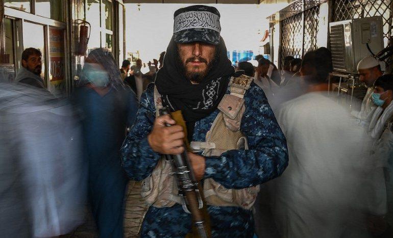 Talibanes prometen protección para trabajadores humanitarios, según la ONU
