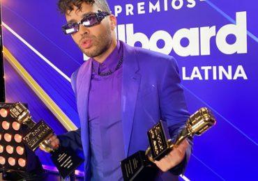"""Prince Royce gana """"Canción Tropical del Año y Album Tropical del Año"""", en Premios Billboards 2021"""