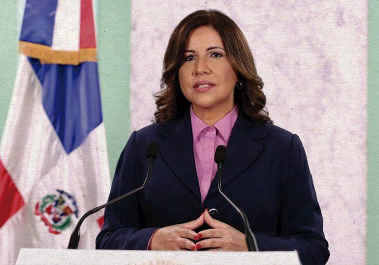 Margarita Cedeño se solidariza con Domingo Jiménez quien atraviesa problemas de salud