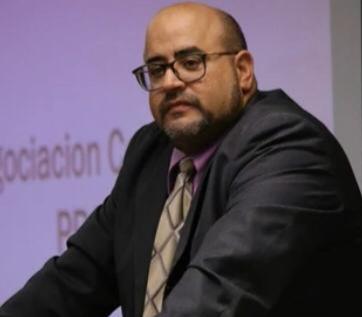 Abogado de Erick Mosquea le aconseja que se prepare y responda ante la justicia