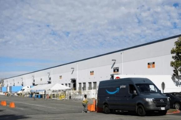 Amazon planea contratar 125.000 empleados en EEUU