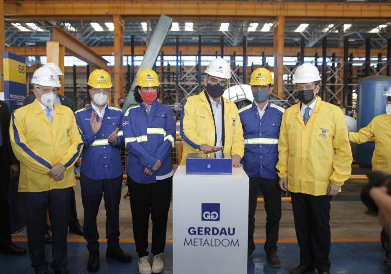 Abinader participa en inauguración de nueva nave industrial de Gerdau Metaldom