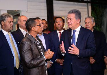 Leonel Fernández aclara proceso de la Fuerza del Pueblo es organizativo y no de campaña electoral