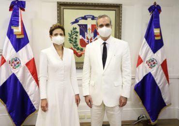 Presidente Abinader envía mensaje de felicitaciones a Raquel Peña por su cumpleaños