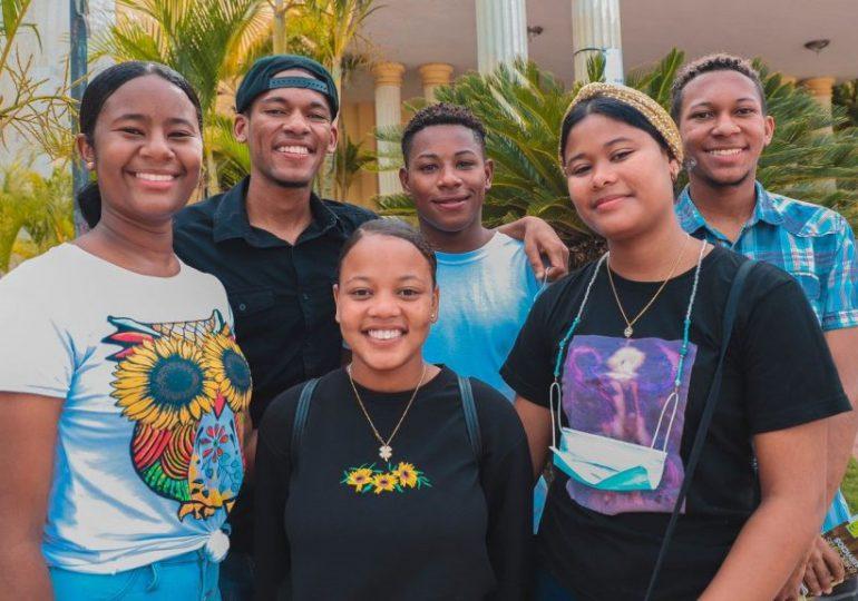 Ministerio de la Juventud lanza nuevo portal de transparencia sobre becados