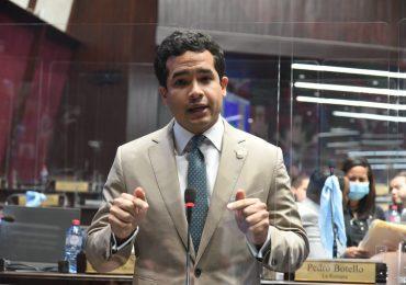 VIDEO | Diputado Omar Fernández somete reforma que penalizaría hasta con tres años de prisión maltrato animal
