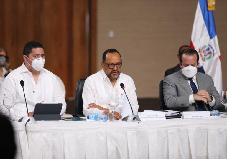 Poder Ejecutivo presenta en mesa de diálogo propuesta de Reforma Constitucional