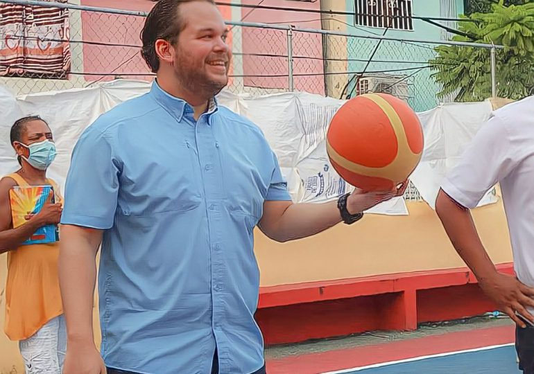 Diputado Jorge Villegas  realiza torneo de baloncesto