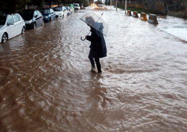 Lluvias torrenciales provocan inundaciones en el este de España
