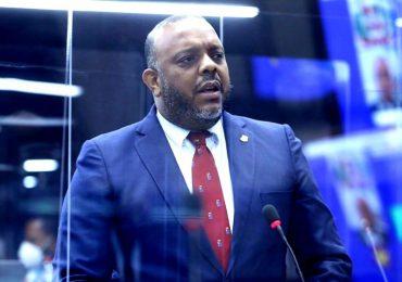 VIDEO | Diputado Luis Henríquez dice gobierno del PRM ha sido una estafa electoral para el país