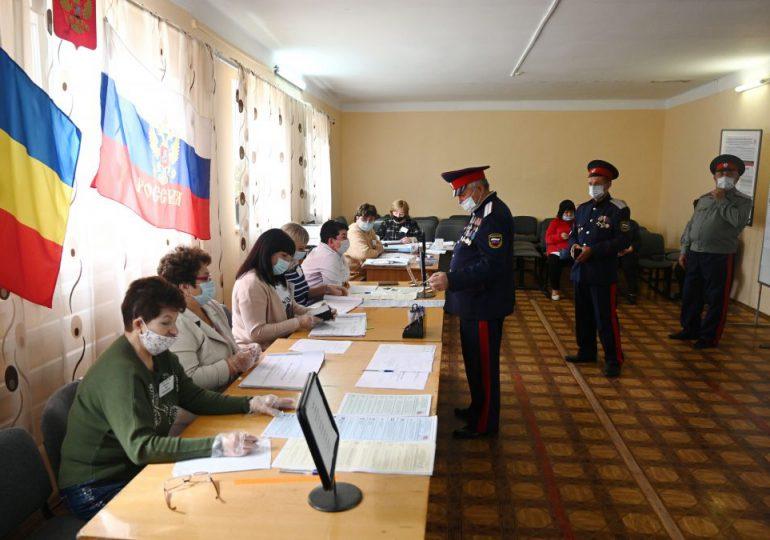 Denuncian fraude en legislativas de Rusia: las burdas maniobras en mesas de votación para asegurar el triunfo de Putin
