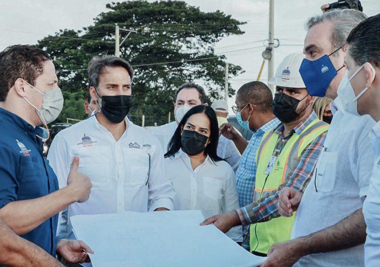 Abinader supervisa Construcción de Hospital Municipal de Dajabón