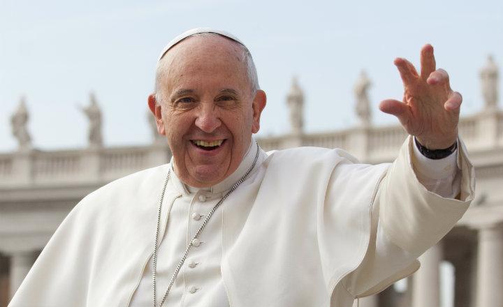 """Papa condena el aborto pero pide un enfoque """"pastoral"""""""